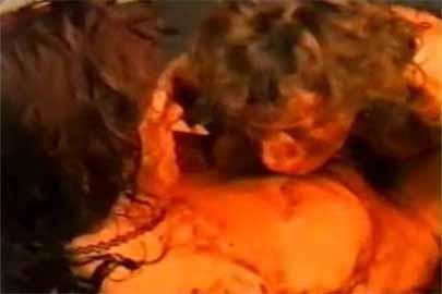 Kaviar Sau schmiert geil mit KV im Porn